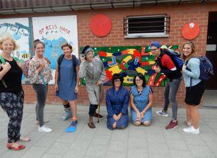 Lees meer: Jaarthema voor de lagere school 2018-19 Samen op stap